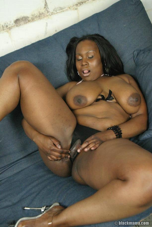 Big tits and ass ebony porn